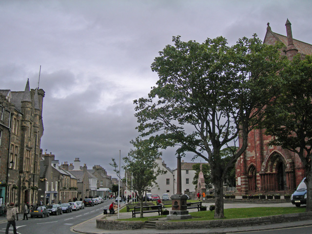 Central Kirkwall and St.Magnus Cathedral