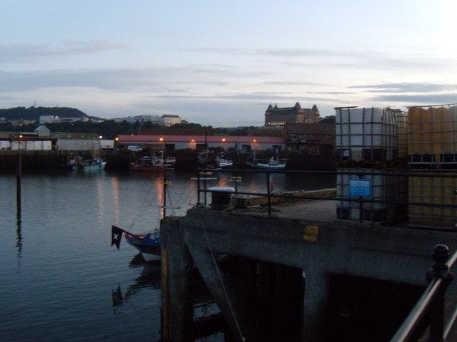 Scarborough's Old Harbour, South Wall
