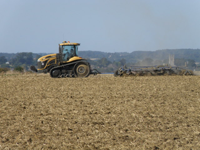 Challenger crawler and cultivator, Clopton