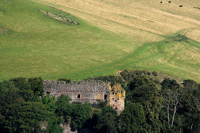 Drochil Castle