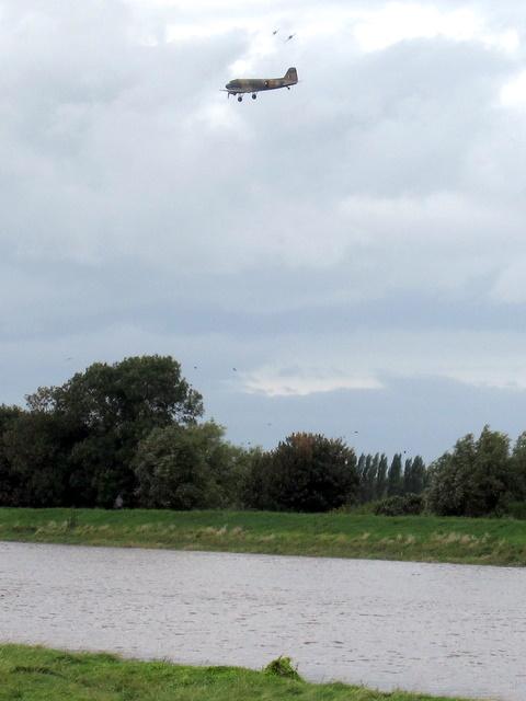 Dakota ZA947 over the River Dee