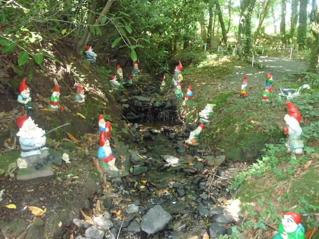 North Devon : The Gnome Reserve, Stream & Gnomes Fishing