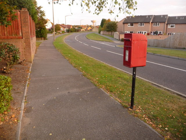 Canford Heath: postbox № BH17 276, Sherborn Crescent
