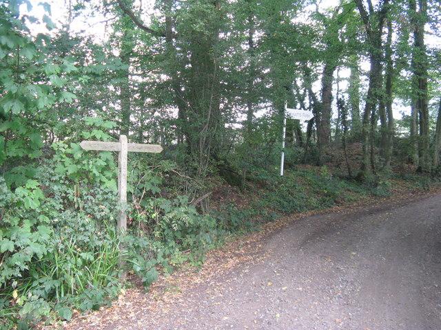 Finger post sign for Gravatt's Farm