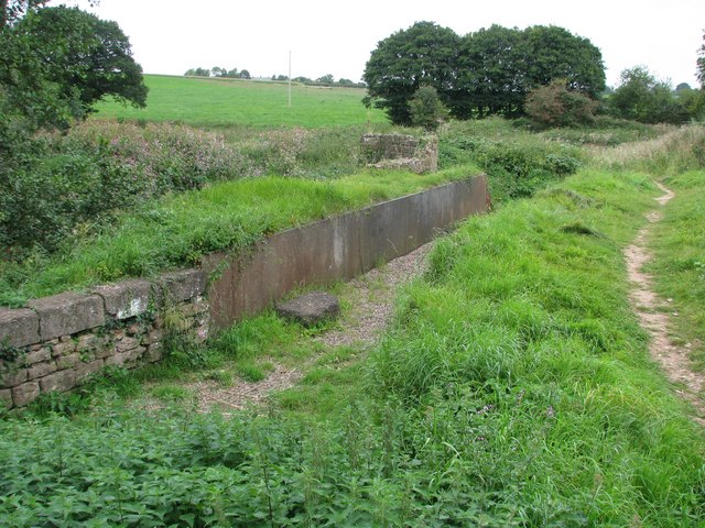 Disused aqueduct now carries a footpath across the River Tone