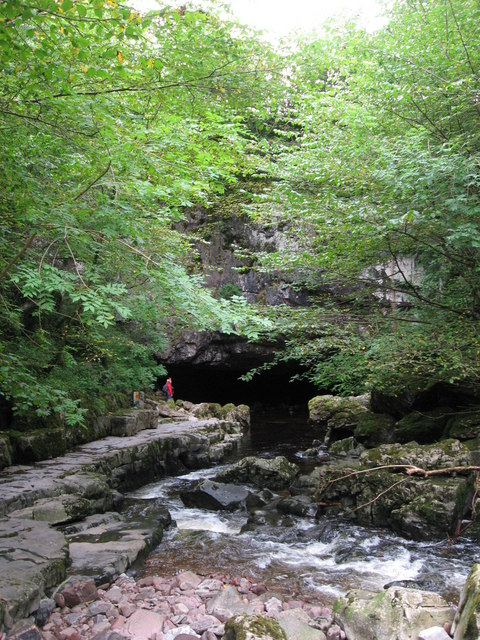Entrance to Porth-yr-Ogof cave