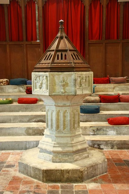 St Peter & St Paul, Shorne, Kent - Font