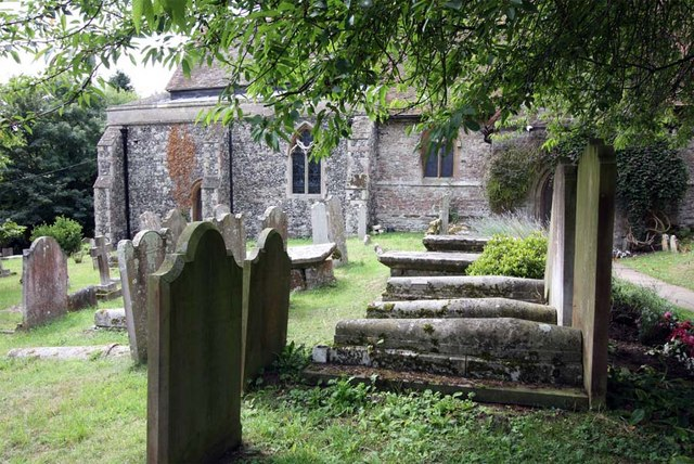 St Peter & St Paul, Shorne, Kent - Churchyard
