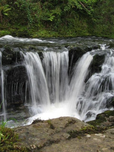 Smaller falls immediately upstream of Sgwd y Pannwr