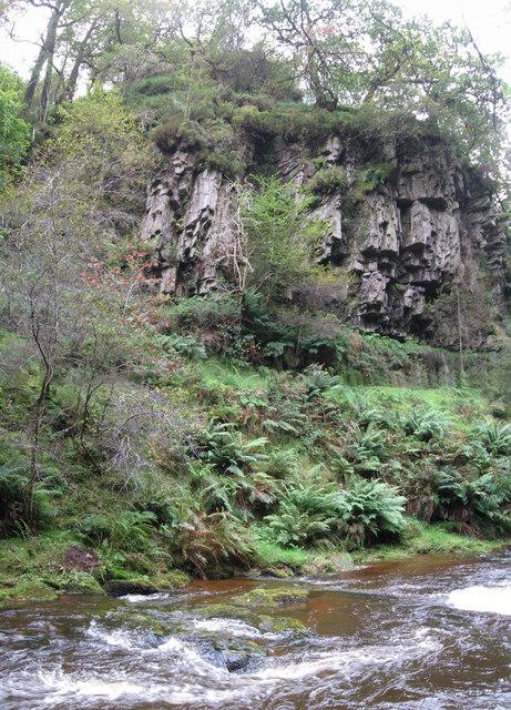 Rocky outcrop above Afon Hepste