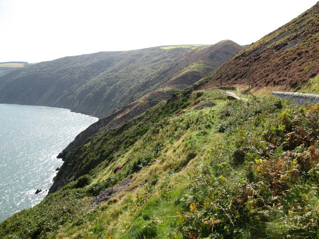 Road to Foreland Lighthouse