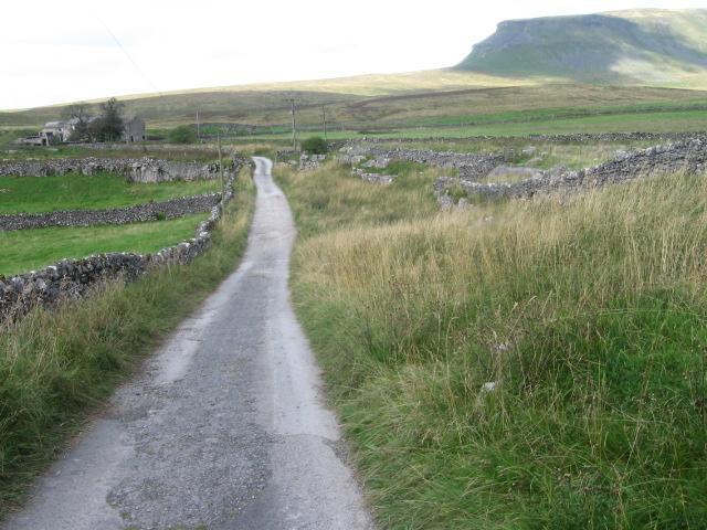 Pennine Way towards Dale Head