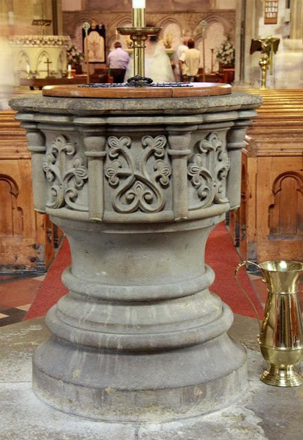 St Mary, Stone, Kent - Font
