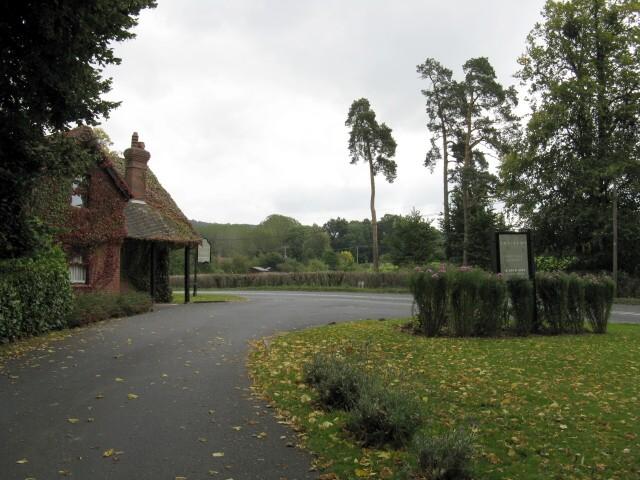 Gatehouse For The Elms Hotel
