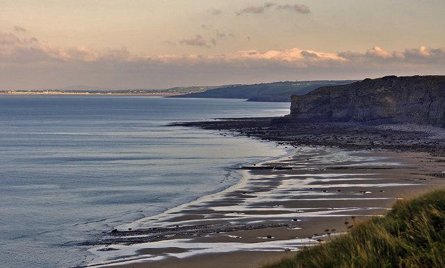 Coast view to Porthcawl - Nash Point