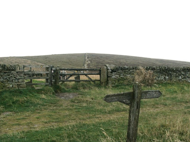 Signpost and Stile for path to Shining Tor