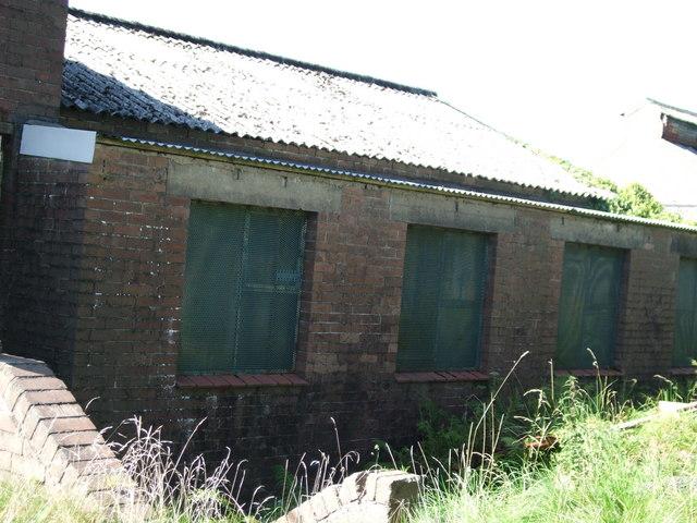 Former colliery buildings Brynawel, Crynant