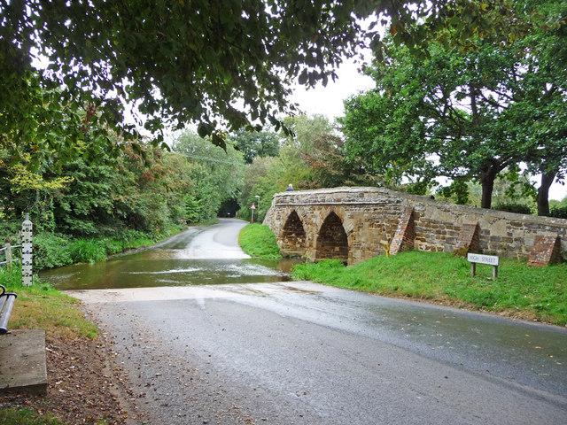 Sutton Ford and Packhorse Bridge, Bedfordshire