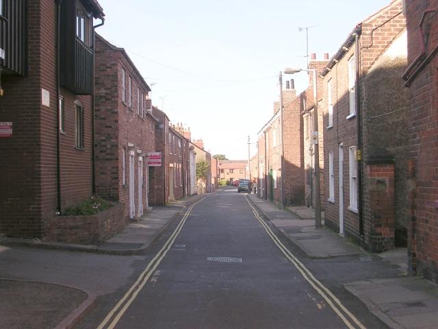 Finkle Lane - High Street