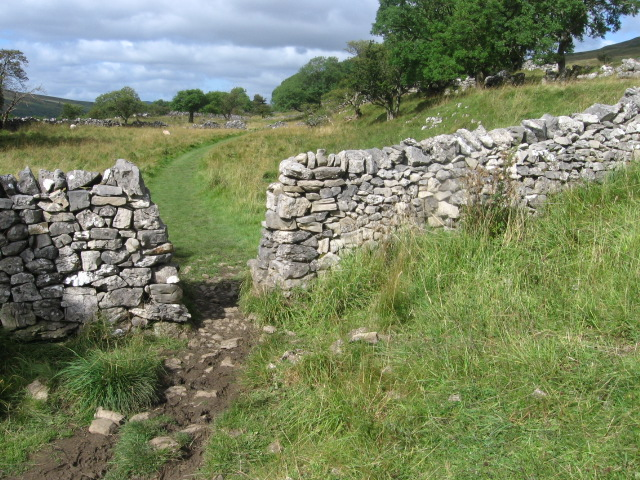 Footpath towards Yockenthwaite