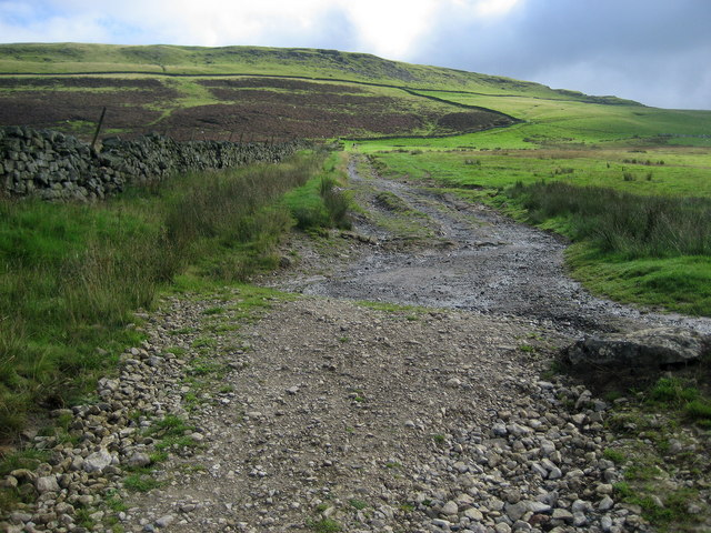 Pennine Way towards Peeping Hill
