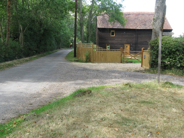 Footpath junction with minor road at Upper Barn