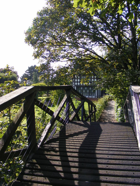 Wightwick Bridge