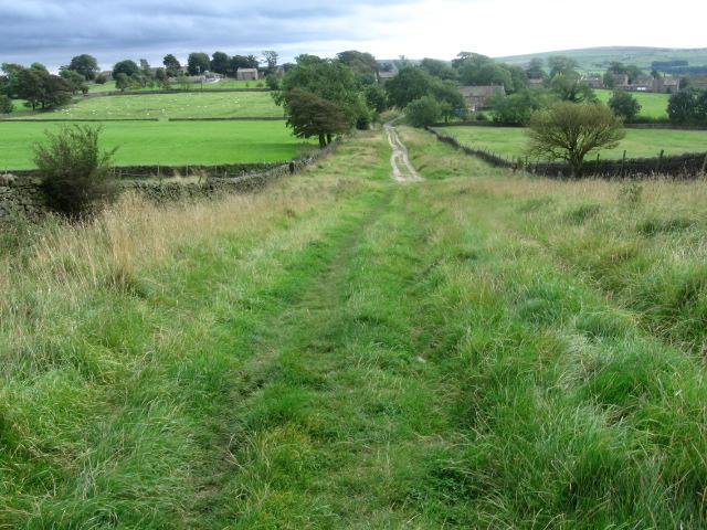 Moor Lane towards Halton East