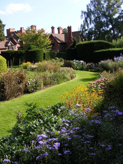 Wightwick Gardens