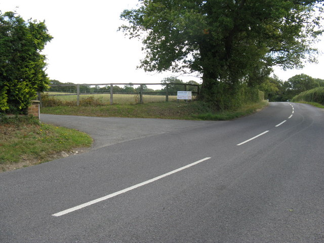 Entrance to Cousins Farm