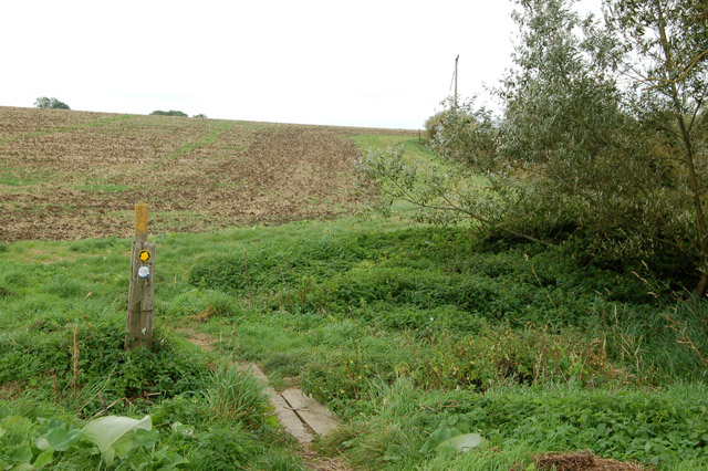 Footpath from Bascote to Southam (6)