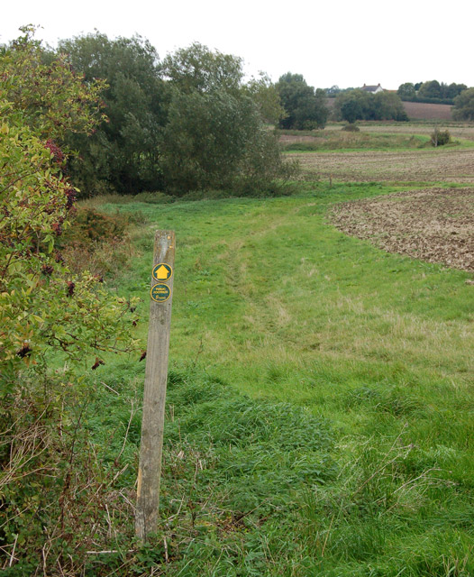 Footpath from Bascote to Southam (8)