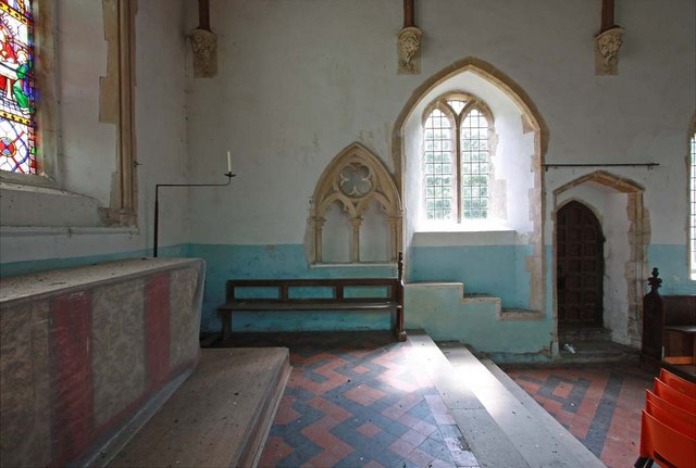 All Saints, Snetterton, Norfolk - Piscina & sedilia