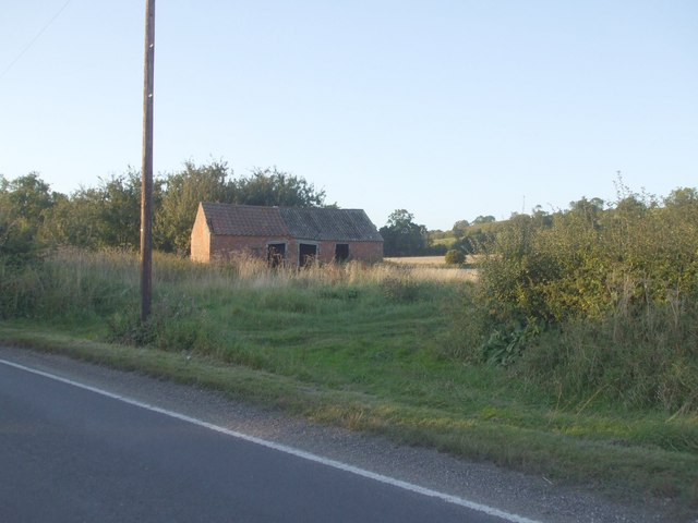 Old farm building near South Cliffe