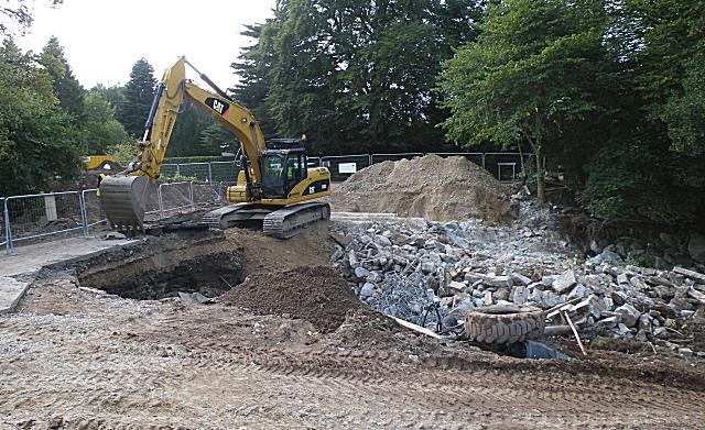 Demolition of the Bridge (2)