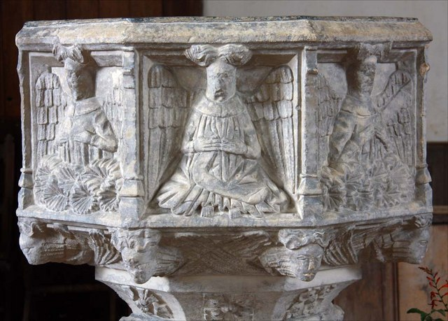 St Margaret, Hardley Street, Norfolk - Font bowl