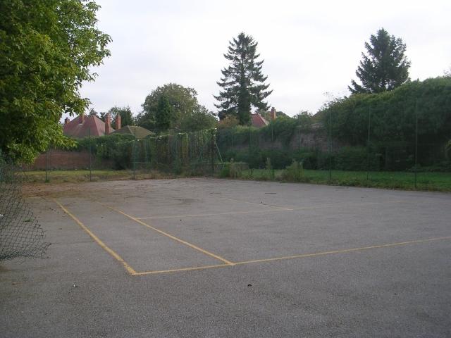 Tennis Courts - Baysgarth Park