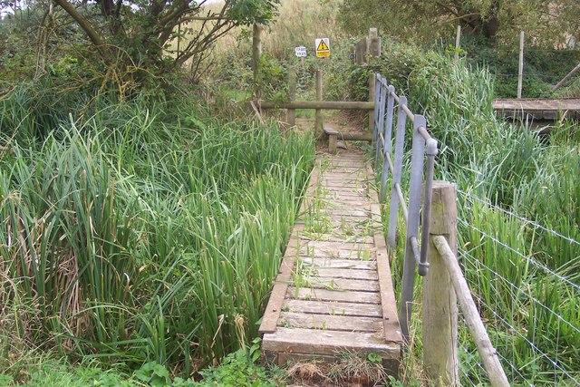 Footbridge near Chartham Corn Mill