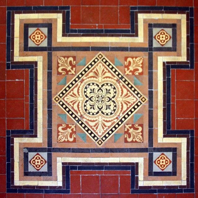Holy Trinity, Loddon, Norfolk - Tiles