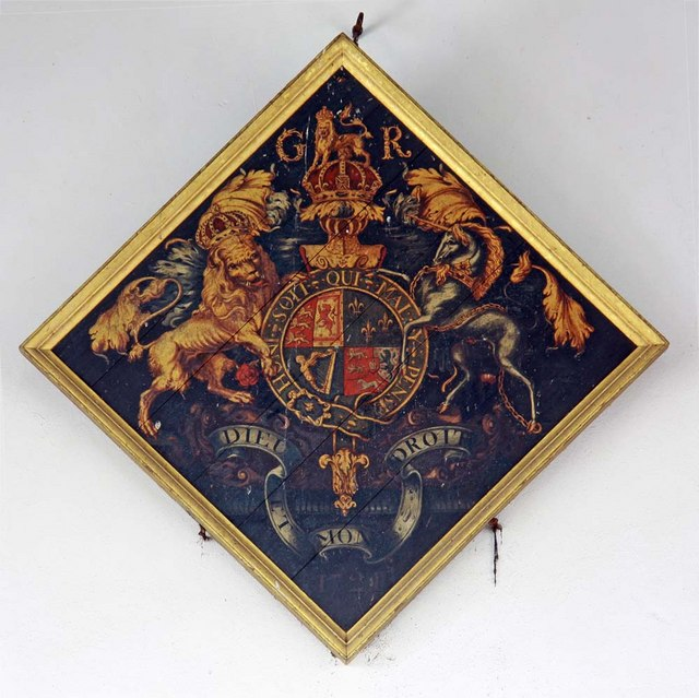 Holy Trinity, Loddon, Norfolk - Royal Arms