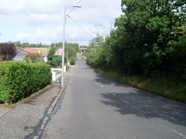 The narrowing Lenzie Road