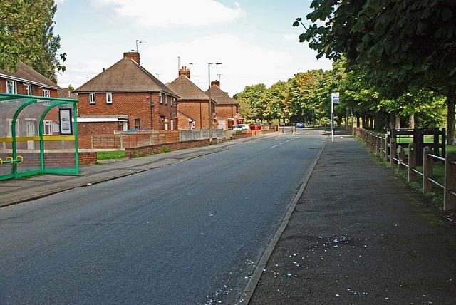 Holly Hall Road, Woodside