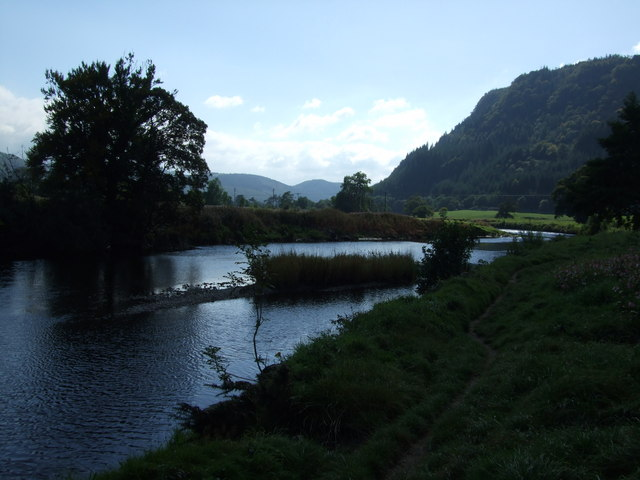 Riverside path and islet on River Conwy at Llanrwst