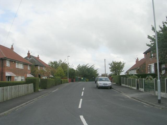 Highcliffe Road - Wynyard Drive