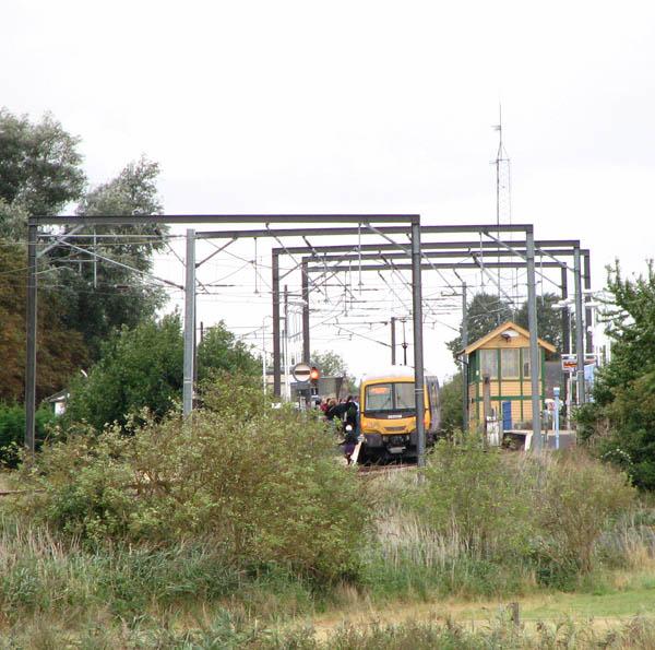 365538 arriving at Littleport Station
