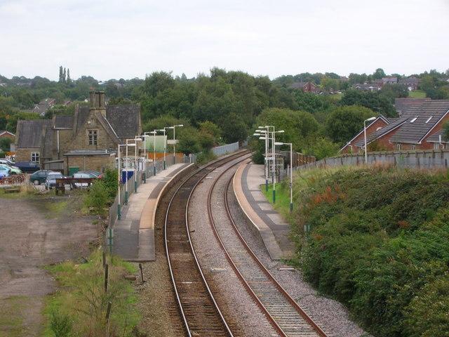 Track and platforms at Appley Bridge Station