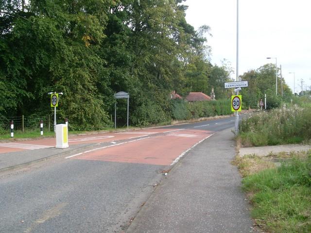 Busby Road enters Carmunnock