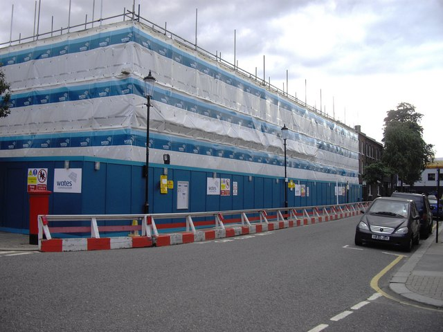 Chelsea Academy under construction at the corner of Burnaby Street and Upcerne Road