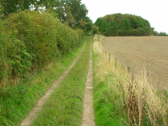 Footpath to Bowling Green House Farm