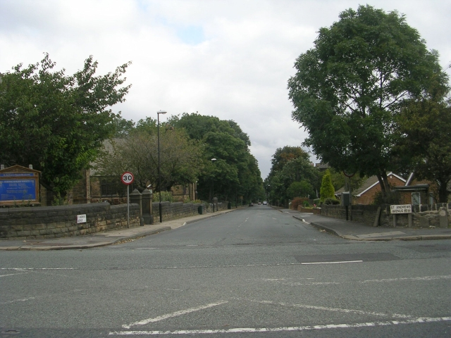 St Andrew's Avenue - Bruntcliffe Road